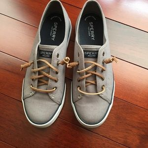 Sperry Sneakers